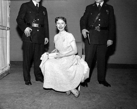 The Model In Picture Wearing This Dress Is Mary Joe Connolly Who Was A Photographer For King Features Syndicate Wedding Gown Estimated To Be